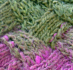 Detail - Entrelac worked without wrapping