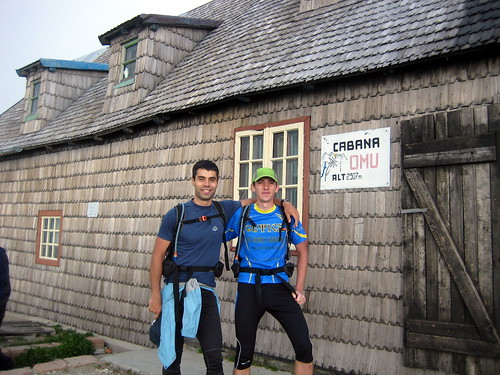 Omu Cabin, 2507m - first stop 2 more 2 go