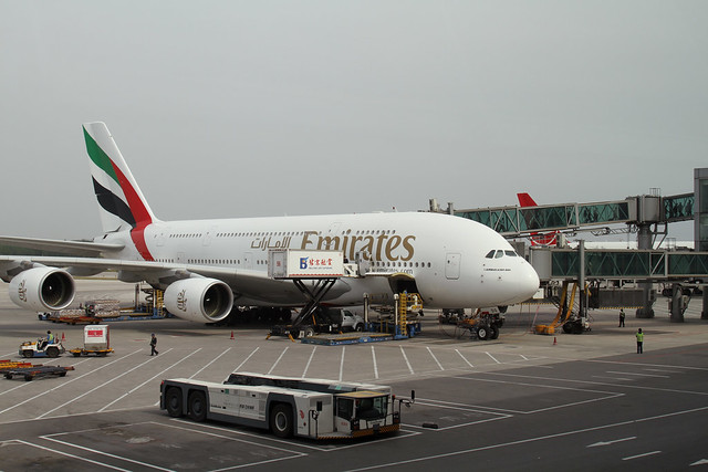 Emirates A380-800(A6-EDO)
