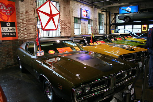 Wellborn Muscle Car Museum dodge daytona plymouth