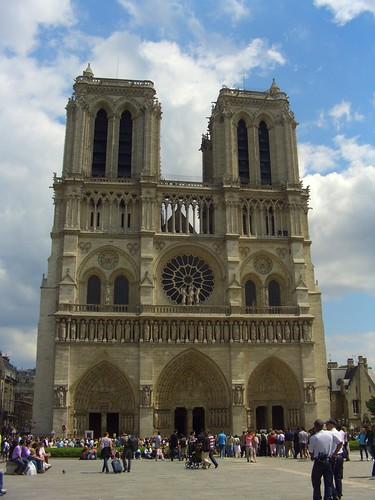 The World Famous Notre Dame du Paris - pretty, isnt she?