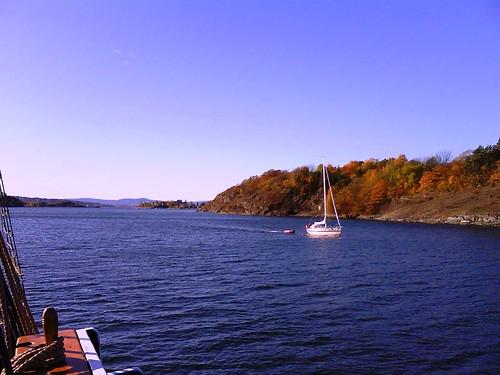 Sailing in the fall sunshine