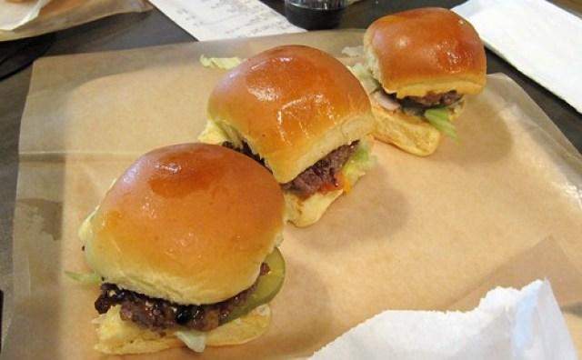 grindhouse killer burgers - le trio de sliders by you.