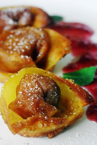 Apple, Currant & Cinnamon Custard Wontons 1/2