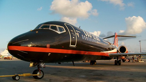 AirTran Sponsors Falcons (Nose)