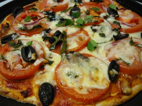 Tomato, Basil, Olive, Vegan Pizza