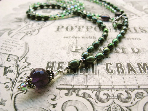 Ametista necklace in absinth