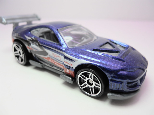 hot wheels super tsunami (2)