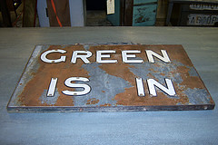 the estate of things chooses green is in sign