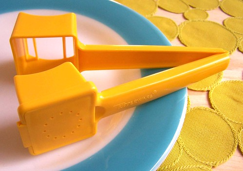 Tupperware Butter Up Butter Hugger