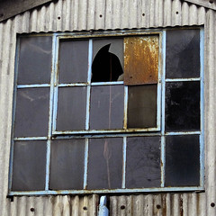 gwn ~ broken window