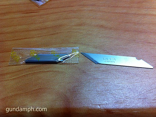 tamiya modeler's knife versus design knife