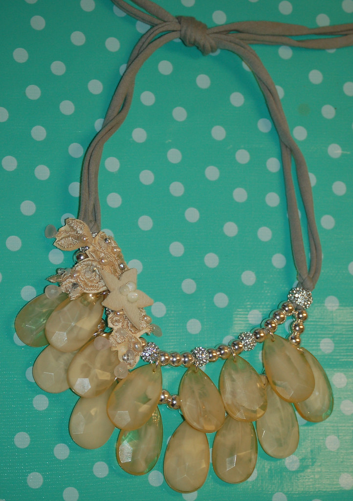 Rococo-inspired necklace