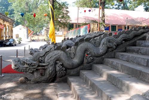 Rồng đá điện Kính Thiên3