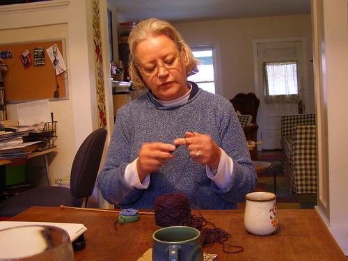 mom knitting