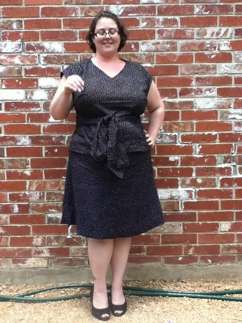 Simplicity 3506 in cotton, bw polka dots