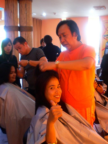 Salon day with Ricky Reyes