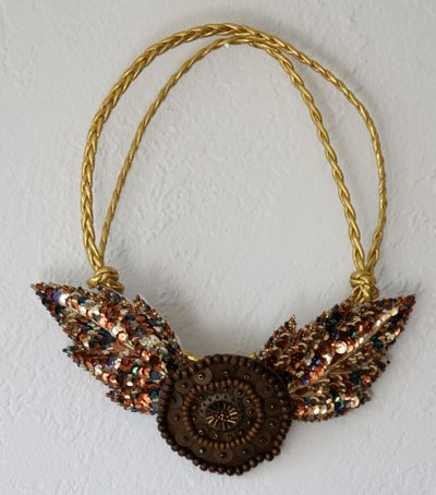 sequinnecklace