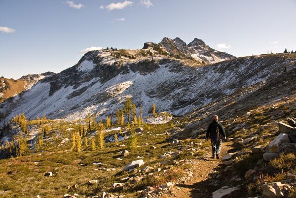 Maple Pass/Lake Ann loop hike
