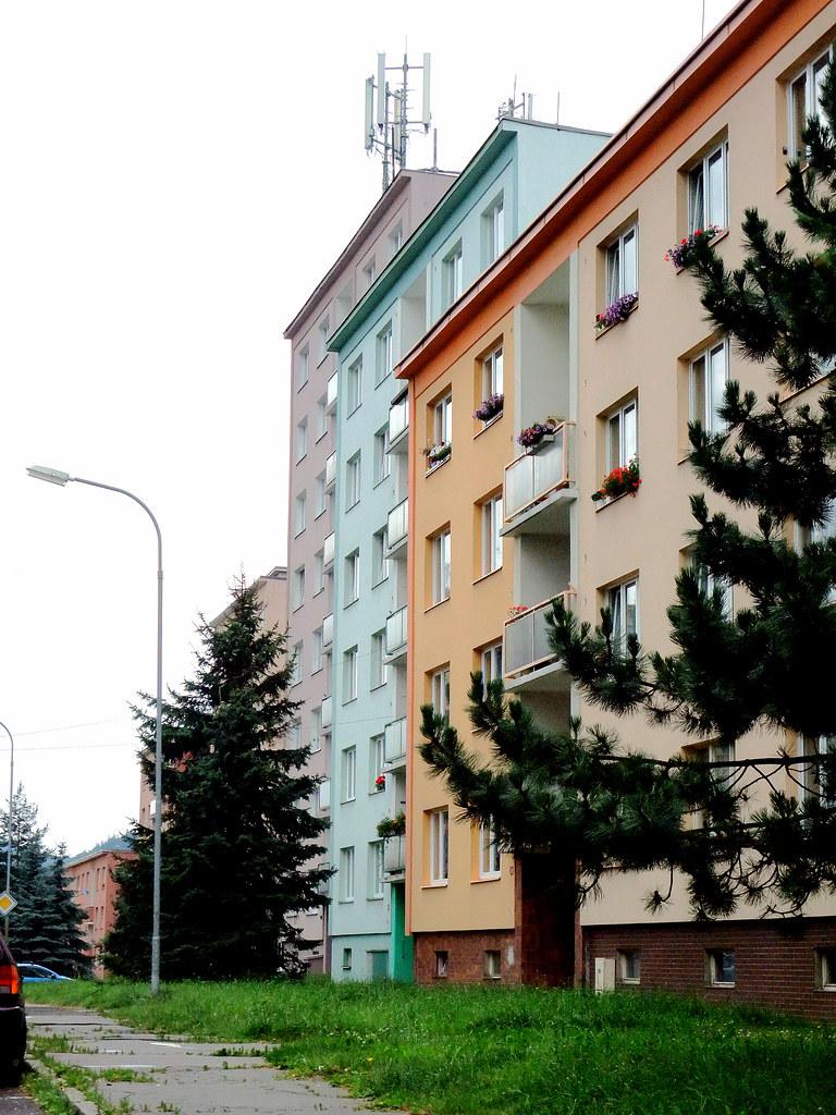 Karlovy Vary: Suburbia