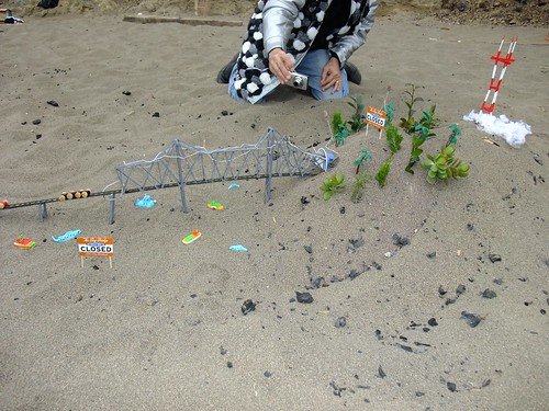 Balsa Man 2009. Baker Beach San Francisco. FREE 22