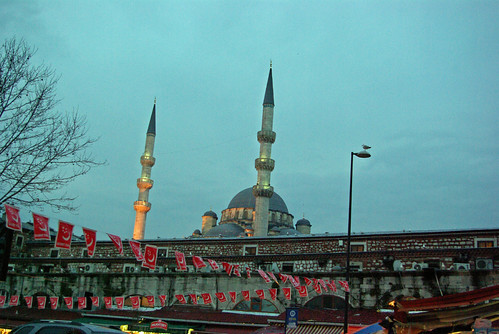 Eminonu Yeni Camii, New Mosque and party flags,  İstanbul, Pentax K10d