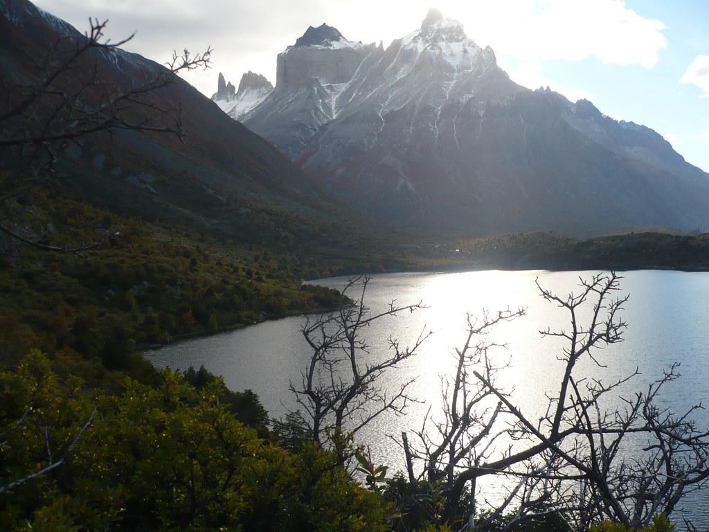 lago y montaña