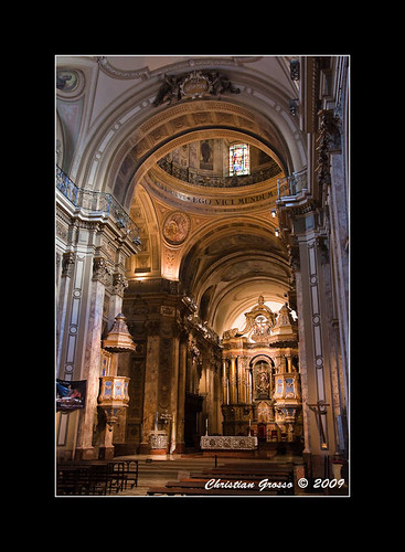 "Catedral de Buenos Aires • <a style=""font-size:0.8em;"" href=""http://www.flickr.com/photos/20681585@N05/3414093339/"" target=""_blank"">View on Flickr</a>"