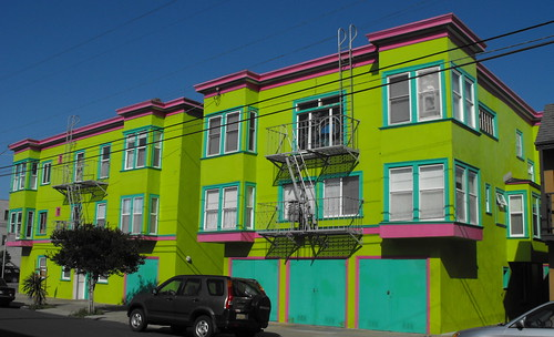 Architecture of the Outer Sunset along the Great Highway 17.5