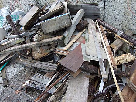 漂着ゴミを清掃!~木材