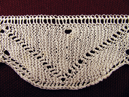 Knitted-Petticoat-Trim