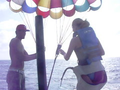 All parasail diapered up. Attractive outfit, right?