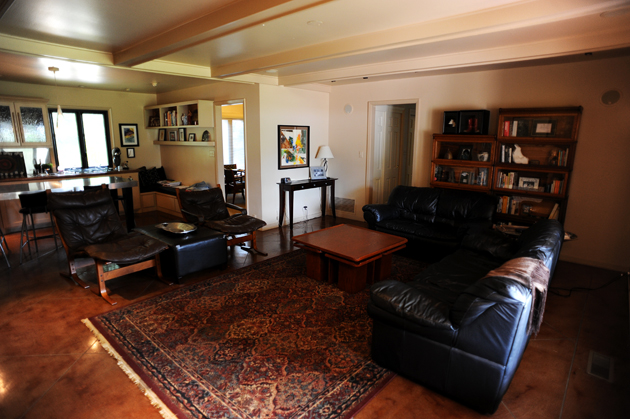 kitchen area rug rustic black cabinets hyacinth's finished living room | pioneer woman home ...