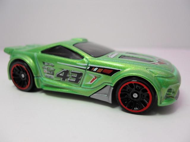 hot wheels scorcher green (2)