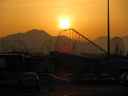 Tramonto con Fuji Q High Land