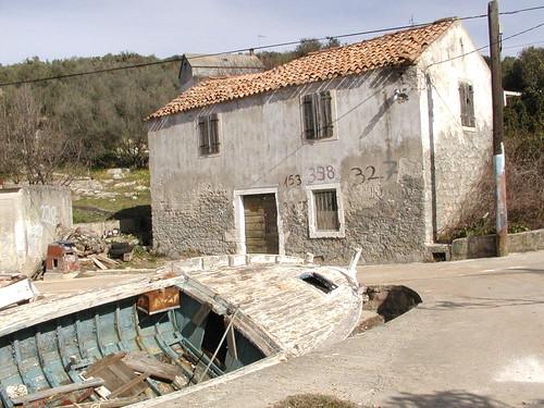 Secret Dalmatia - Rava, forgotten in some other time...