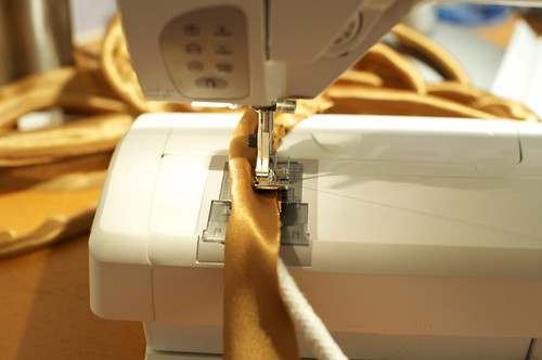 Sewing the piping