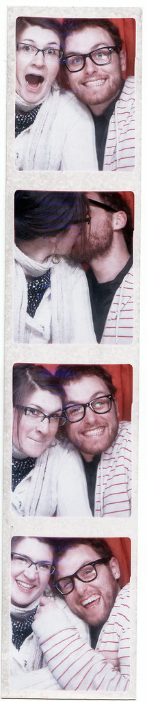 i freakin love photobooths!