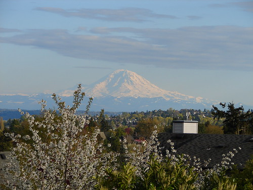 Mount Rainier from Seattle