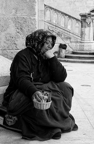 el umbral de la pobreza