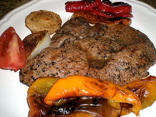 Peppered Grilled Sirloin With Peppers & Onions