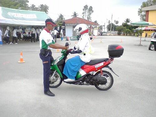 Bijak Tunggang Motosikal