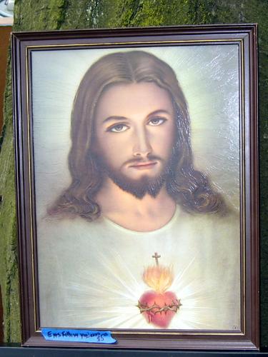 Eyes Follow You Jesus
