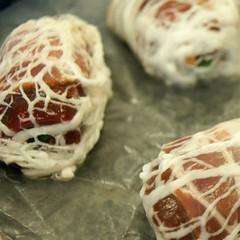 Kalbsleberrouladen: eingepackt im Schweinsnetz