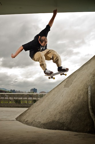 Two flashes were used for this quick skateboarding shot.
