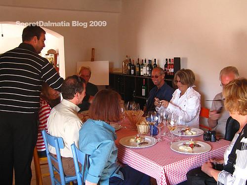 Alen Bibich personally serving his wine...