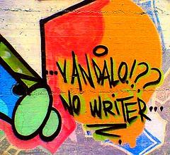 Potenza - Street Art: Vandalo? No Writer!