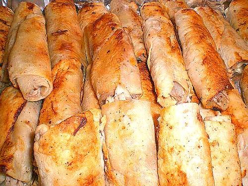 Chicken w/ Sumac, grilled onion small Sandwiches
