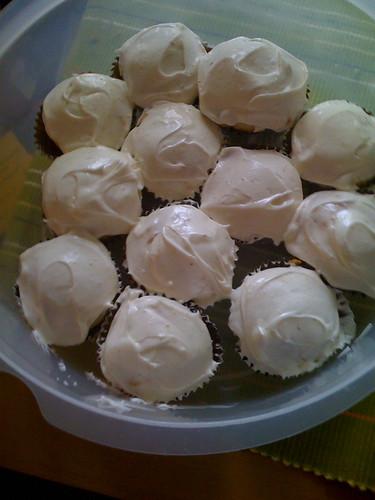 Lemon honey cupcakes