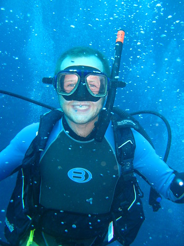 Happy diver, cheesy grin